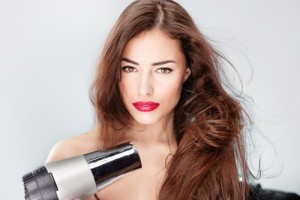 Here-are-a-few-tips-for-styling-dry-hair_16001125_40007261_0_14086181_500